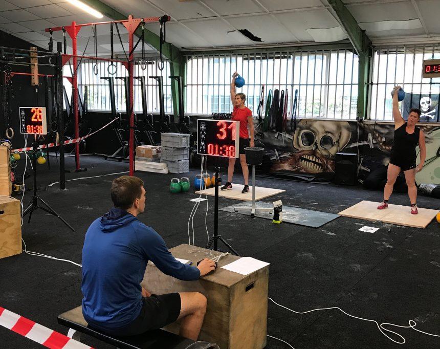 Marianne Veneklaas en Renate Almekinders van Jaap's Gym